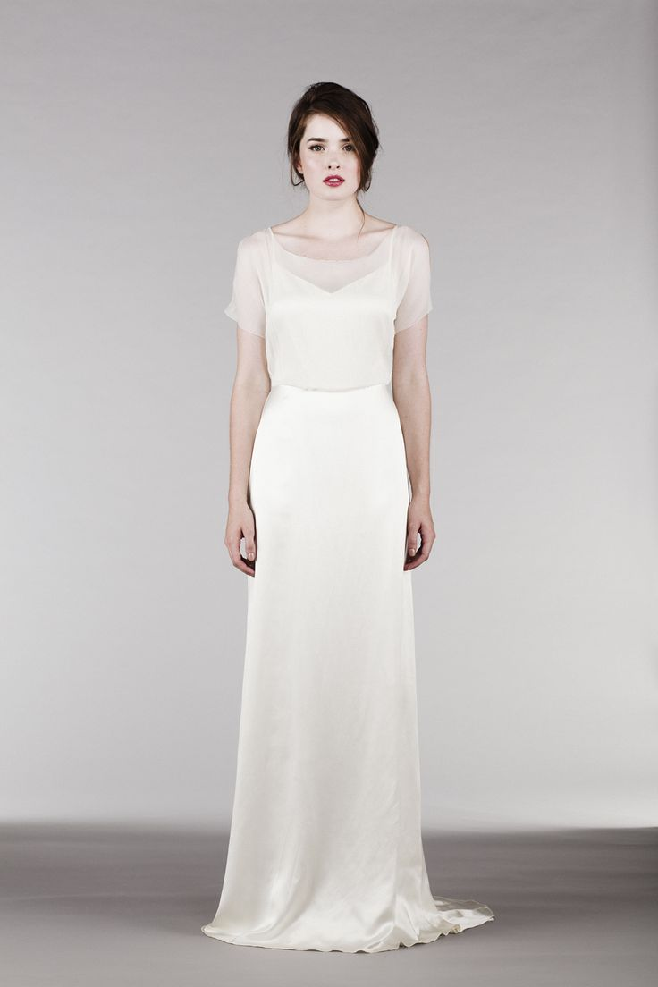 Beautiful dresses, and some of them even have sleeves for brides looking for that modest wedding dress. Modest wedding dresses | dresses with sleeves