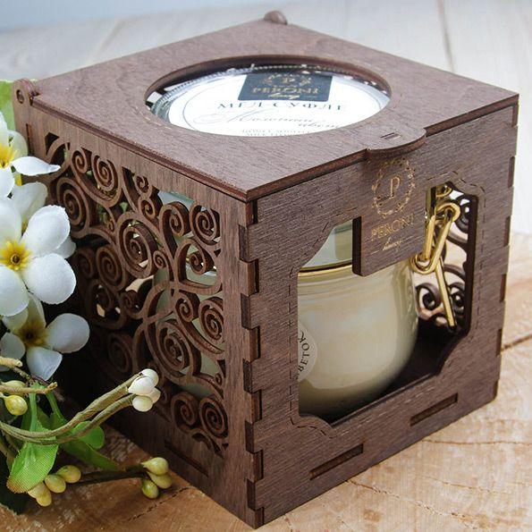 Деревянная коробка-подсвечник для одной банки меда-суфле Peroni 490р