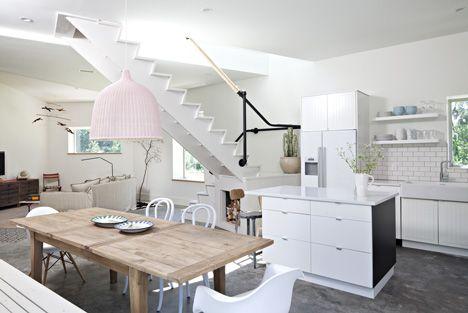 Dutchess House No. 1 by Grzywinski + Pons: Kitchens, Country Houses, Living Rooms, Cottage, Dutchess Houses, Grzywiński Pon, Pale Pink, Fashion Blog, White Interiors