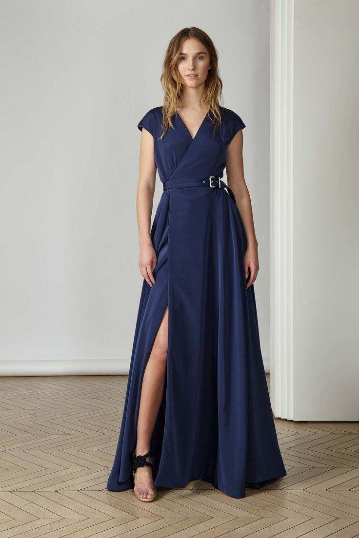 http://www.vogue.com/fashion-shows/pre-fall-2017/alexis-mabille/slideshow/collection