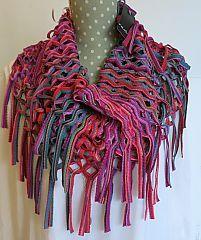 Fraas Knit Loop Scarf - Fuchsia www.dreamweavergifts.ca