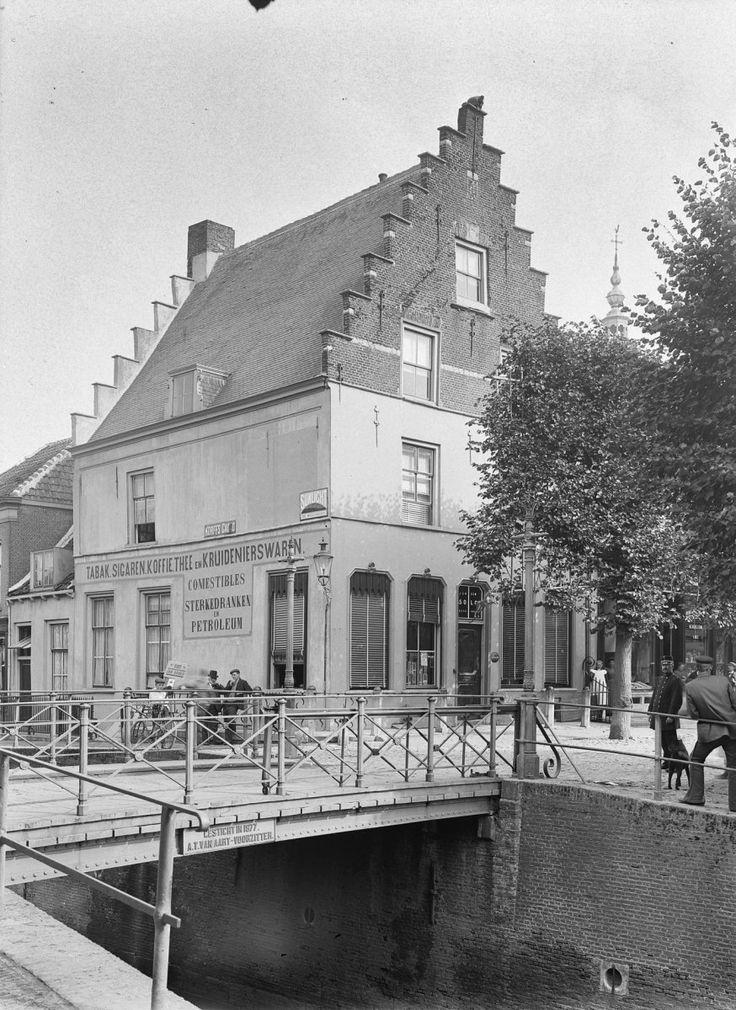 Oude brug, Zevenbergen