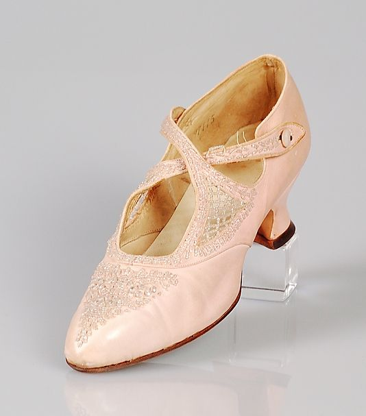 The Met, Evening shoes, c. 1906, American, beaded leather