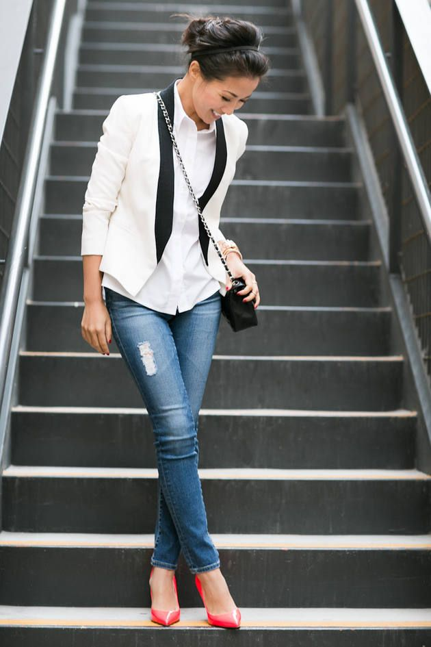 Clothing style outfit women fashion white jacket blazer shirts shoulder bag red heels summer blue jeans apparel