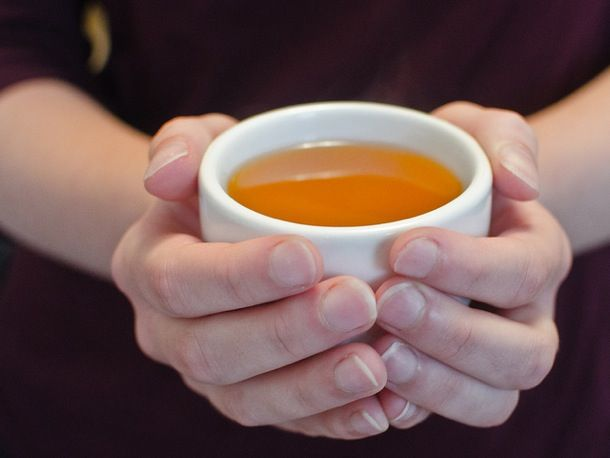 Spiced Mulled Cider | Serious Eats : Recipes..think it need more than a tsp of brandy. but sounds good!