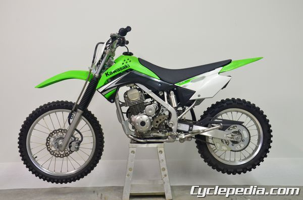 http://www.cyclepedia.com/online-manuals/kawasaki-atv-motorcycle-online-manuals/2008-2011-kawasaki-klx140-motorcycle-online-manual/ KLX140 Motorcycle on stand