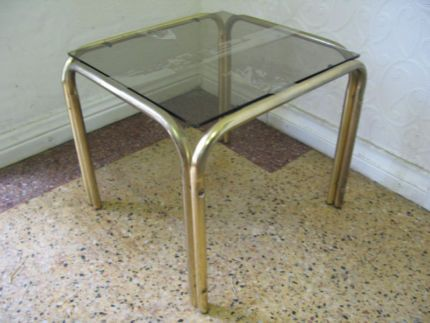$25 Vintage GLASS & GOLD Side TABLE Display Plant Table 35x33x29cm  Text 0411691171 or email info@bitspencer.com