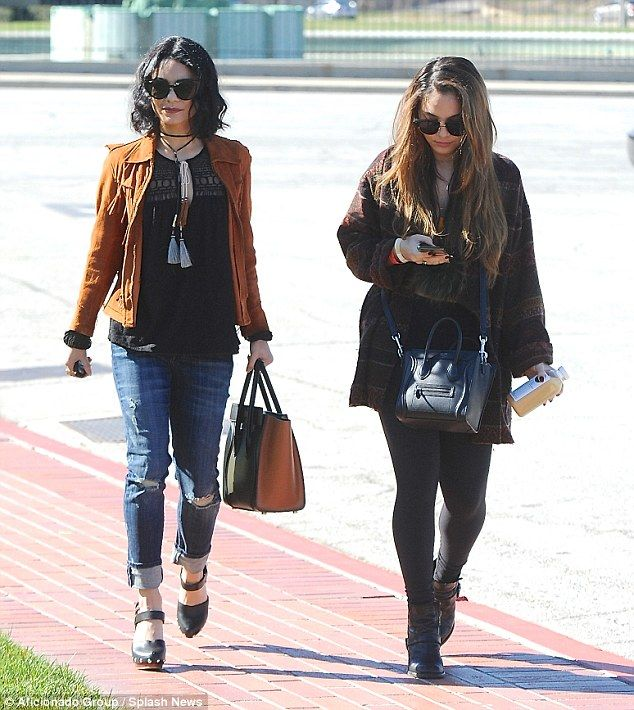 United: The High School Musical starvisited Forest Lawn Mortuary with her younger sister Stella