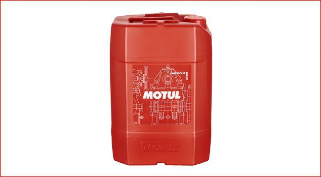 Markenfarbe Rot: 20-Liter-Kanister im neuen Motul-Look Nachdem der Schmierstoff-Hersteller im Jahr 2016 sein Layout geändert hat, folgt mit dem 20-Liter-Kanister im neuen Motul-Look die Gesamtabrundung http://www.atv-quad-magazin.com/aktuell/markenfarbe-rot-20-liter-kanister-im-neuen-motul-look/ #motul #design #verpackung #schmierstoffe #handel #atvquadmagazin