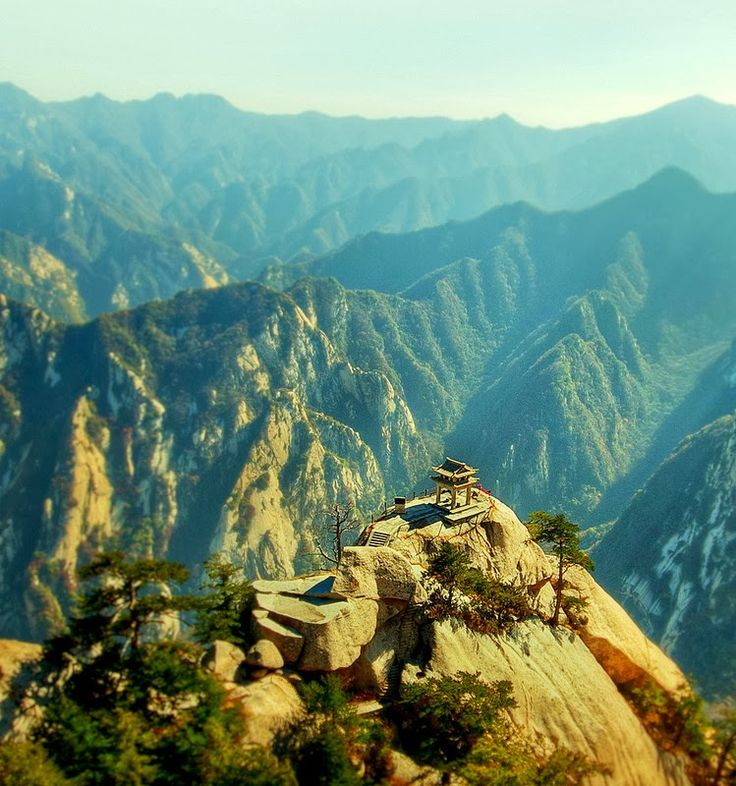Tea house on top of Mt. Hua Shan