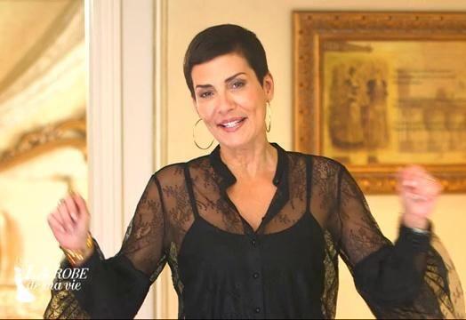 design de qualité ecd1f baf0f Cristina Cordula porte un chemisier en dentelle noir et des ...