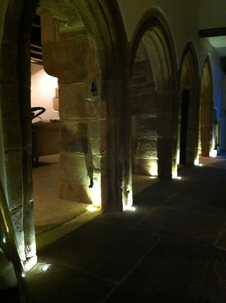 Using LED 1w light fittings in carpet and flooring for dramatic effect