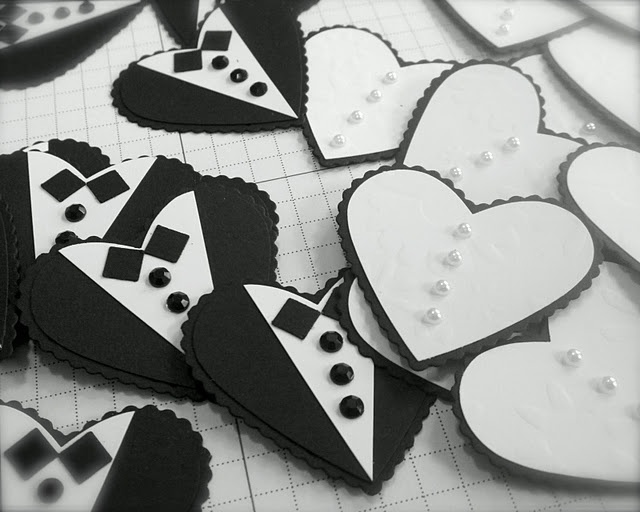 Wedding: Similar hearts can be made using Spellbinders Classic Scalloped Hearts! Love!