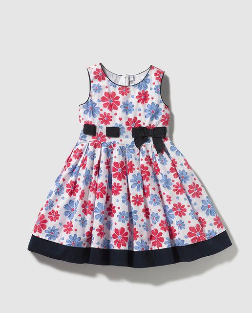 Vestido de niña Freestyle con estampado de flores