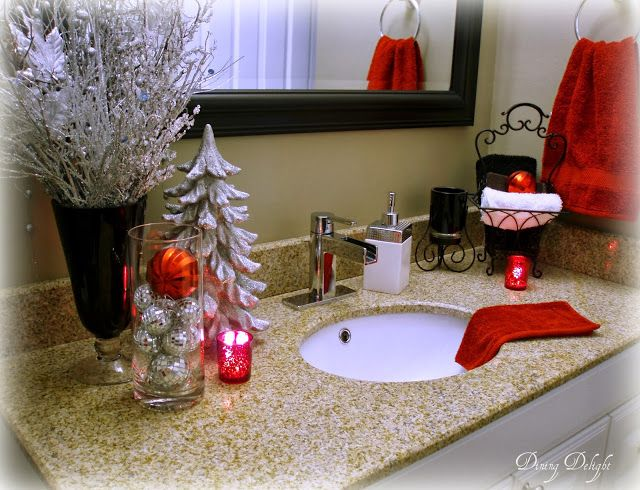 Holiday Bathroom Decorating Ideas Part - 36: 60 Apartment Decorating Ideas For Christmas