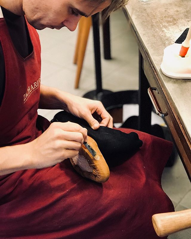 #vdilne #vpraci #rucniprace #svec #shoemaking #workinprogress #bespoke #shoes #boty