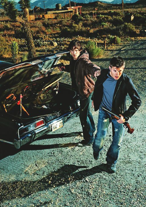 Season one promo - man, does this show every bit of characterization or what? Sammy, always cautious, getting what they need from the trunk, holding Dean back as he attempts to go in with only a shotgun and an attitude. I love these boys!