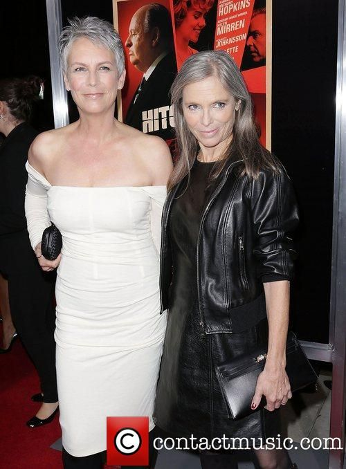 Jamie Lee Curtis and Kelly Lee Curtis looking amazing #timelessbeauty #antiaging #paulaschoice