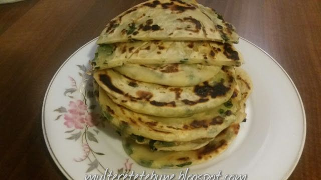 RETETE: Turte cu ceapa verde ( Scallion Pancakes)