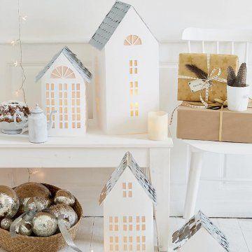 Créer un village photophore en carton : A village of cardboard candle holders                                                                                                                                                                                 Plus