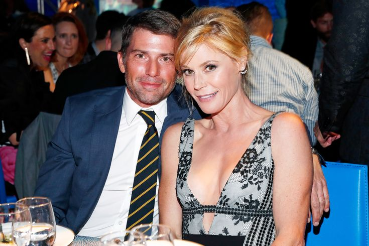 <em>Modern Family</em>'s Julie Bowen and Husband Scott Phillips Separate After 13 Years of Marriage