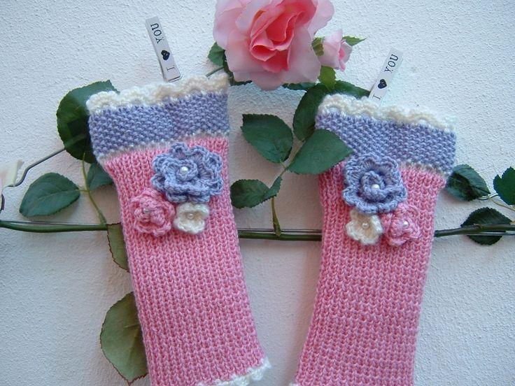Guanti senza dita a maglia-Mezzi guanti fatti a mano ai ferri-Manicotti in lana rosa, lilla e bianco-Scalda polsi tricot-Guanti donna