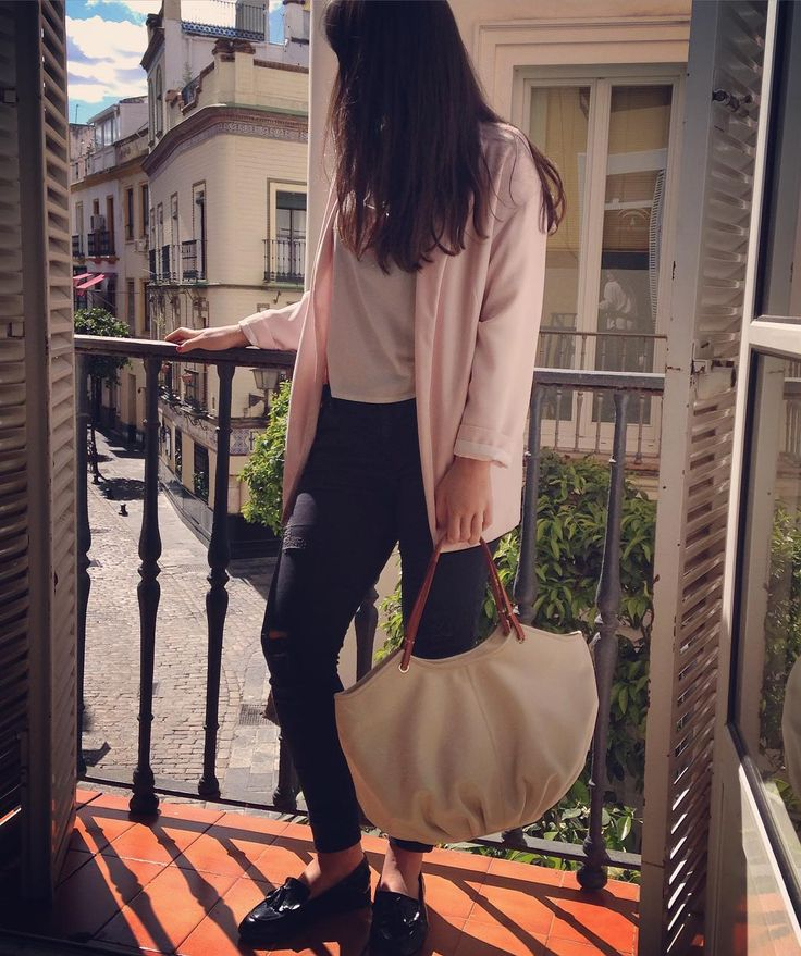 """""""Girl in the window"""" - Leather shoulder bag, The Parchment Talega."""