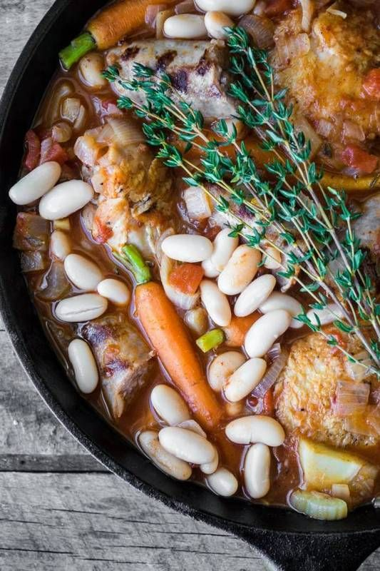Easy Cassoulet From coq au vin to beef Bourguignon to this cassoulet, the French are the kings and queens of amazing stews. This herbaceous dish, originating from the south of France, features white beans and (usually) pork.