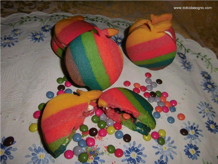 Biscotti arcobaleno con... sorpresa!