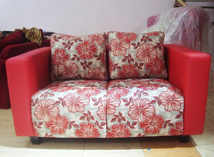 love yakini sofa