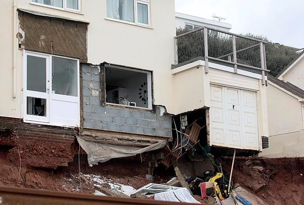 Devon and Cornwall could be cut off for six months by rail line 'disaster' at Dawlish. #UKstorm
