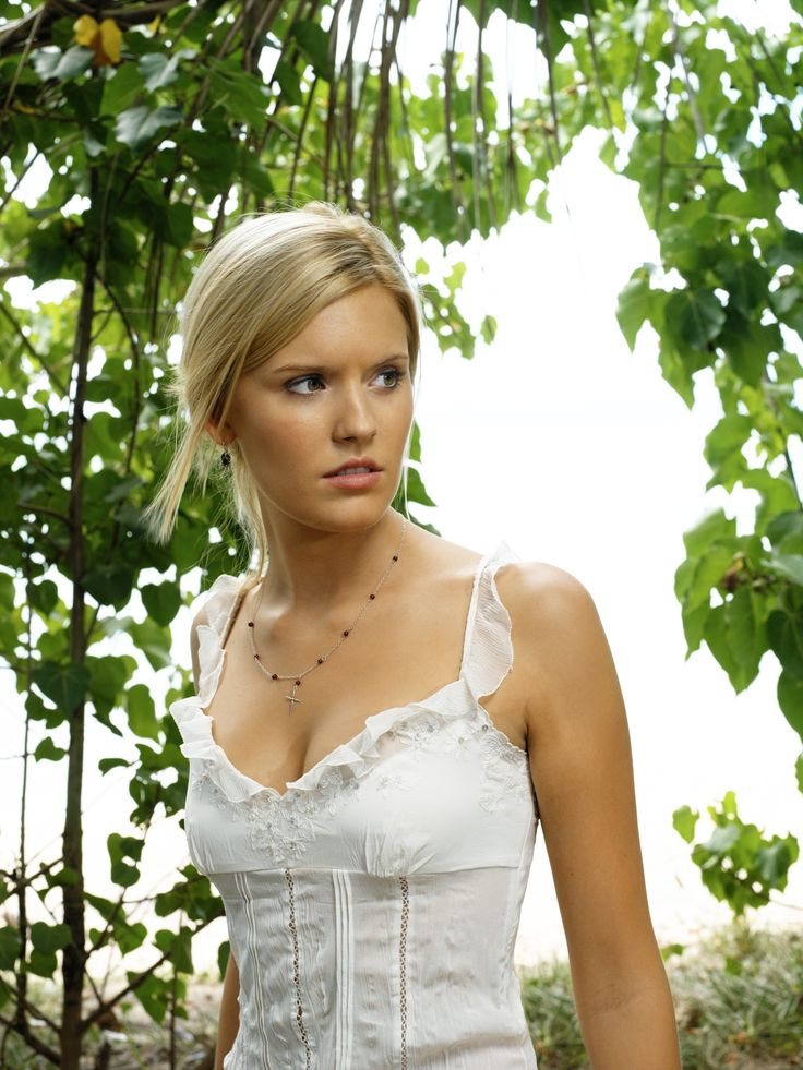 "Lost S2 Maggie Grace as ""Shannon Rutherford"""