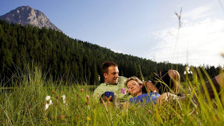 Schenken Sie sich Zeit zu zweit und verbringen Sie entspannte Momente in der Natur rund um Nauders.