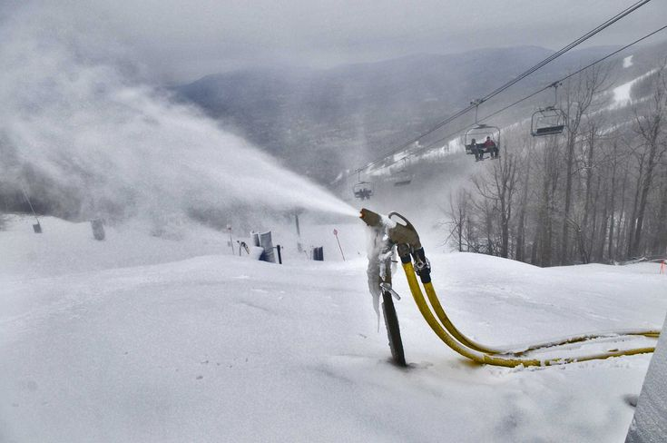 Winter sports enthusiasts push ski industry to fight global warming