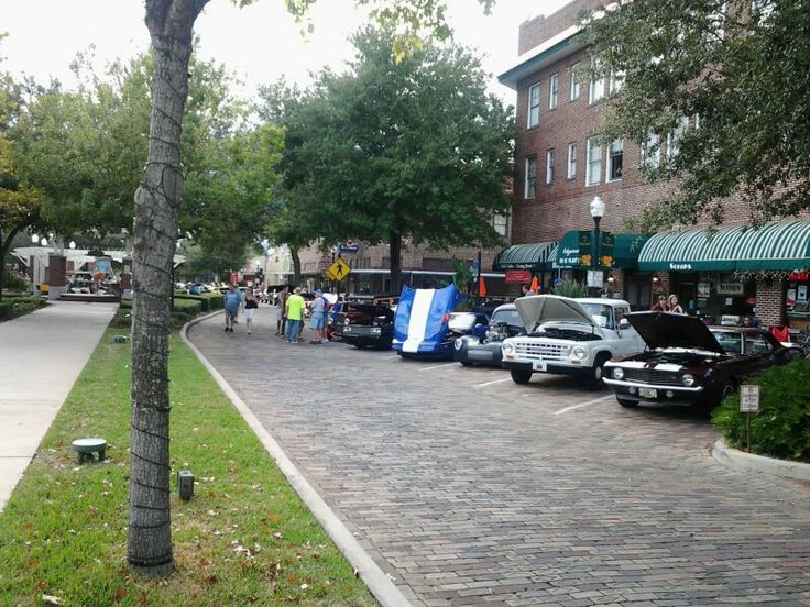 Classic Car Show In Downtown Winter Garden Florida