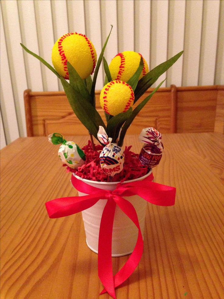 Softball centerpiece crafting pinterest centerpieces