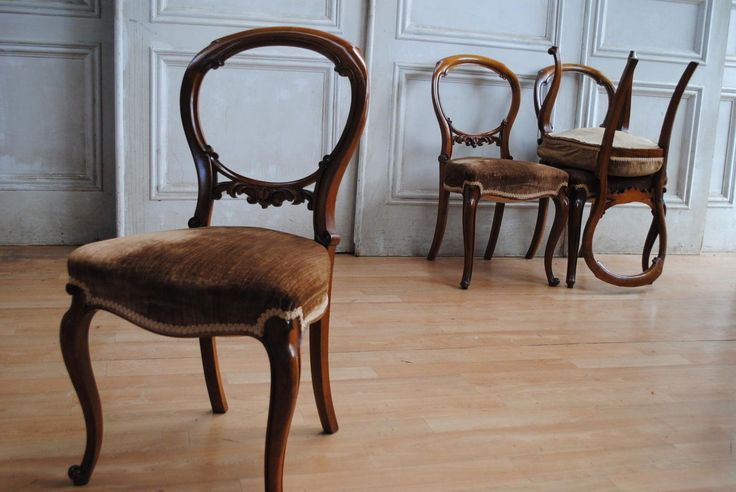 Lovely SET Antique Victorian Walnut Balloon Back Dining Chairs Velvet Seats in VIC | eBay