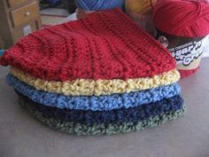 This is the pattern I used to make Bella's Elmo hat. It's also a super easy pattern just for the beanie alone.
