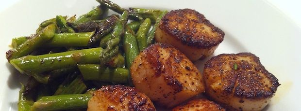 Third Date Cooking: Seared Scallops with Sauteed Asparagus Recipe