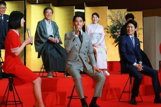 瑛太、鈴木亮平と駅のホームで遭遇した経験語る!大河ドラマ「西郷どん」出演者発表会見フォトギャラリー