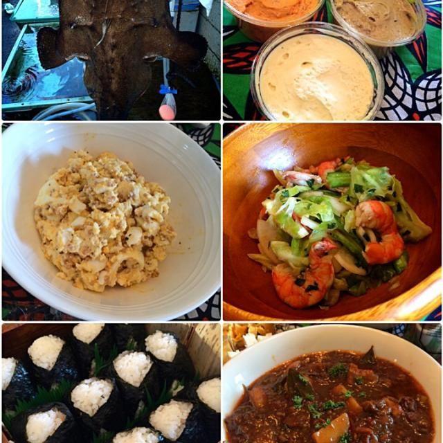 豪華なメンバーによる手作り新年会! みんなの手作りはSDをしているものの夢です! どれもサイコーにおいしかったね!  ・チョスちゃん! 卵と粒マスタードサラダ 海老とキャベツのマリネサラダ ・いよこちゃん! 普通って難しいよね? めちゃうまおにぎり ・ゆぅさん 牛筋の赤味噌赤ワイン煮 ・葉山のオリーブオイルと パテ、白トリュフ、アンチョビ、ゴルゴンゾーラ - 67件のもぐもぐ - 小田原新年オフ会① by 志野