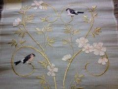 EMB60 - Gold leaves birds flowers on white