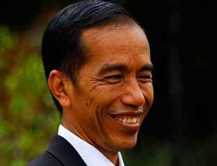Calon Presiden terpilih Joko Widodo (Jokowi) menginginkan kandidat menteri di kabinetnya harus lepas jabatan dari partai politik. Adapun sal...
