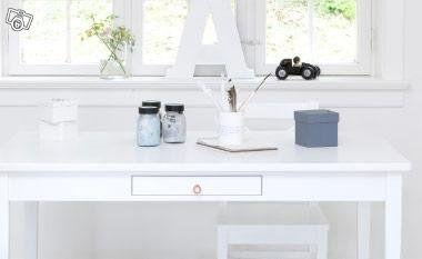 Bord/ barnbord och skrivbord för barn - Oliver furniture - 4111kr - Solhem Inredning, Danderyd
