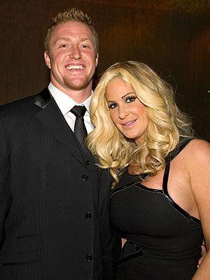 kim zolciak | Kim Zolciak Marries Atlanta Falcons' Kroy Biermann on 11 11 11 ...