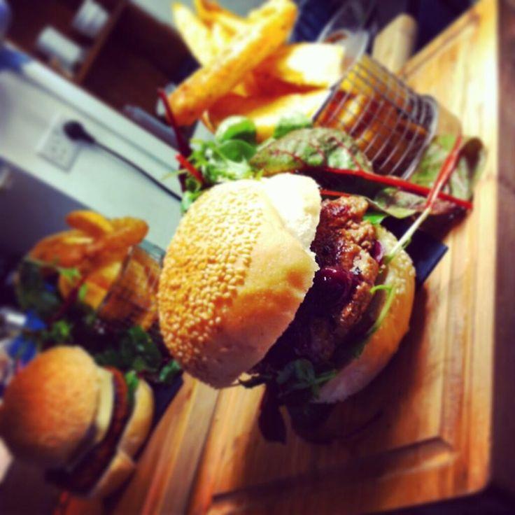 @kelhamsteakbar  Anyone fancy some lunch?