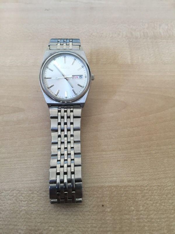 Seiko watch V743-9029 quartz | United Kingdom