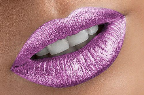 Forbidden Fruit Metallic liquid lipstick - Water proof, Smudge proof, transfer proof, and 24 hour stay Matte Liquid lipstick