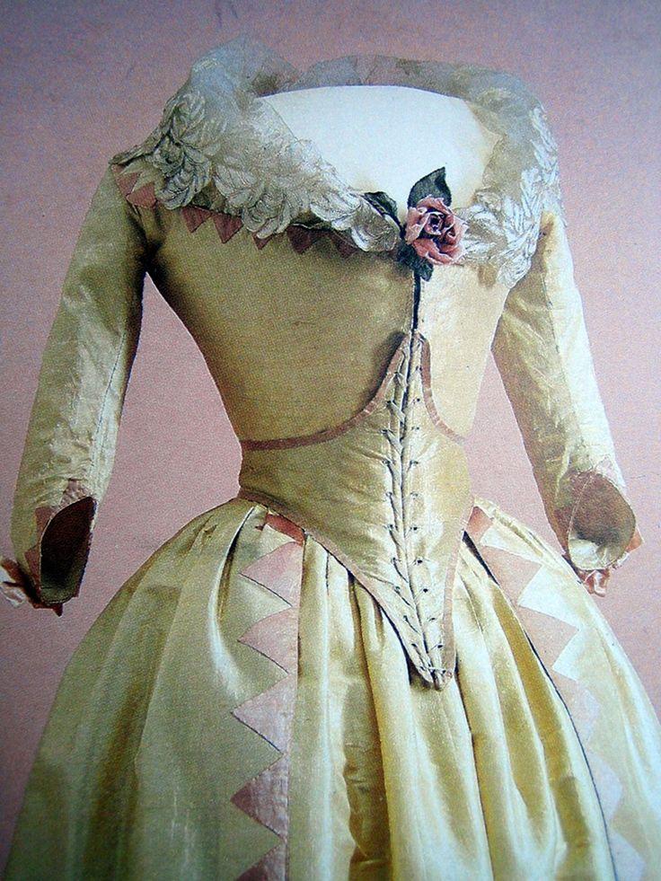 Wedding dress, 1790s.