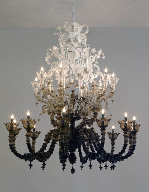 wickedly beautiful - love this chandelier